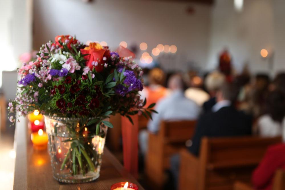 3.Bild-3erKombi-Abschied nehmen-Bestattungen Bauer Schwäbisch Gmünd